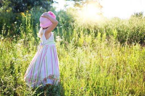 sukienki dziecięce wizytowe